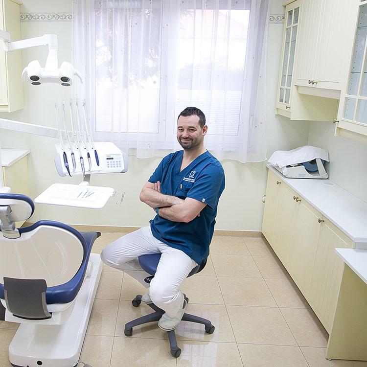 Dr. Marton Zoltán